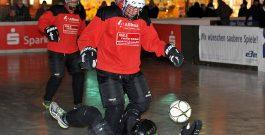Polarsoccer am Kennedyplatz: Tenberken geht mit Olympiasiegern aufs Eis